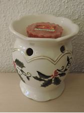 Picture of Winter Holly  Tart Warmer / Duftlampe